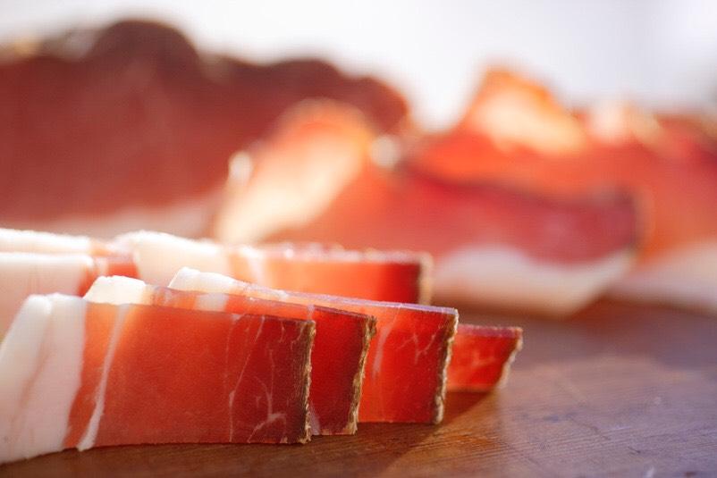Zoom sur le couteau à jambon
