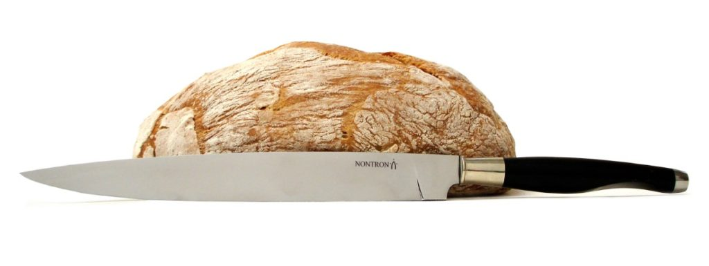 "bread knife signed the ""Coutellerie Nontronnaise"" and homemade recipe"