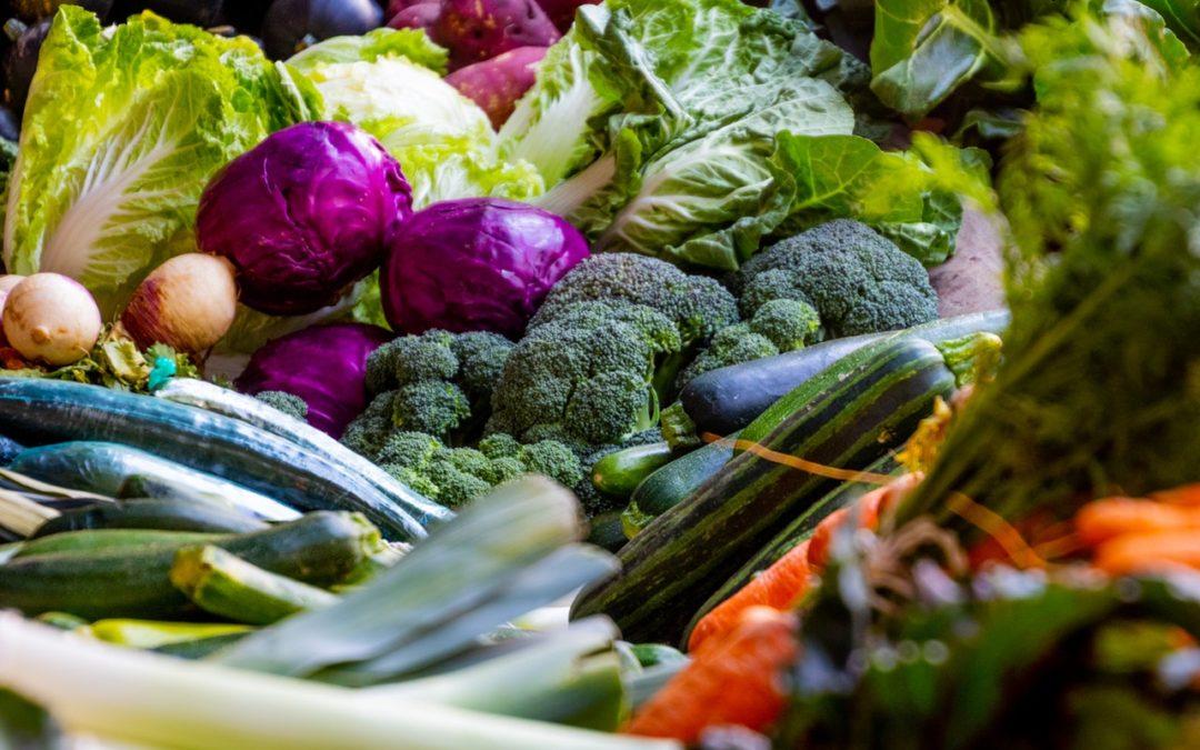 recettes de légumes de saison avec couteaux Nontron de table