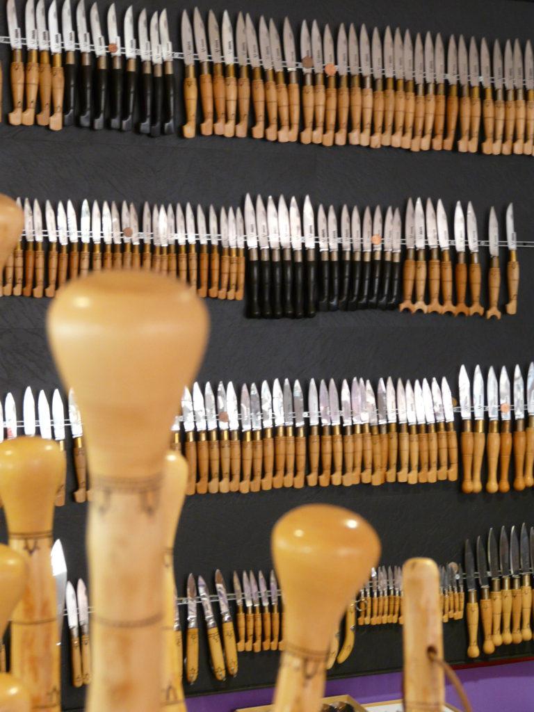 boutique de couteeaux à Nontron