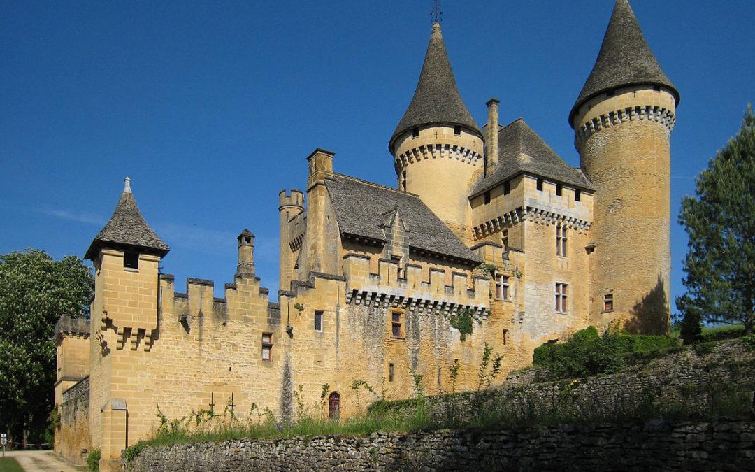 la Dame Blanche hante le château de Puymartin